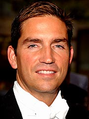 Caviezel Hits the Links