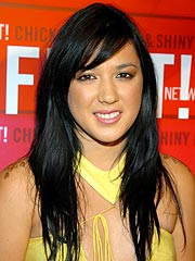 Singer Michelle Branch Weds Bassist