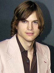 Ashton Kutcher to Kick Off &#39;05 NASCAR Race