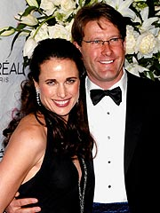 Andie MacDowell and Husband to Divorce