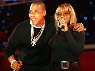 Show Goes On for Jay-Z, Minus R. Kelly