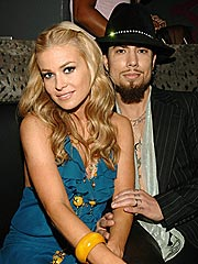 Carmen Electra & Dave Navarro: It's Officially Over
