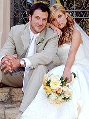 Tiffani Thiessen Weds Actor Brady Smith