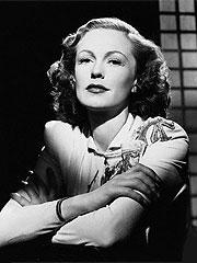 Screen, Stage Star Geraldine Fitzgerald Dies