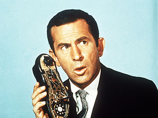 Don Adams, TV&#39;s Maxwell Smart, Dies at 82