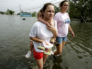 People Trickle Home After Hurricane Rita