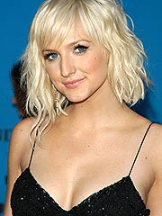 Ashlee Simpson Feeling &#39;Better&#39; After Collapse