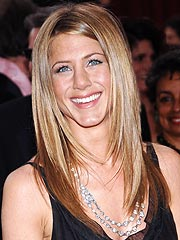 Aniston: Not in a Race with Brad to Wed