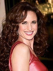 Andie MacDowell to Wed