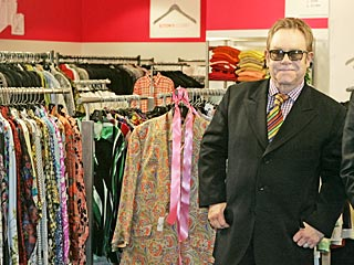 Elton John Selling 10,000 Items for Charity