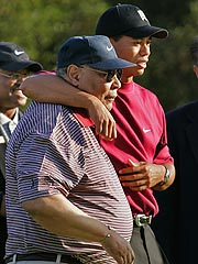 Tiger Woods Takes Break to Be With Dad