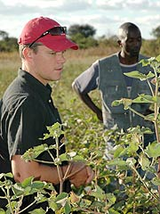 Matt Damon Pushes for African AIDS Funding