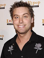 Lance Bass to Write His Autobiography