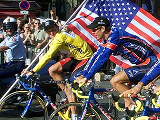 Armstrong's Ex-Teammates Admit Drug Use