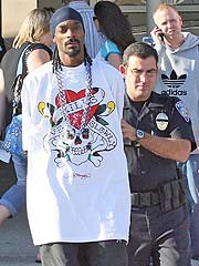 Snoop Dogg Arrested at Burbank Airport