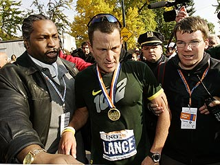 Lance Armstrong Struggles in NYC Marathon
