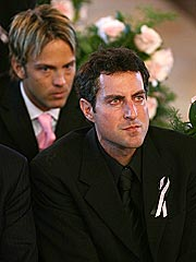 Stern, Birkhead Attend Anna Nicole Funeral