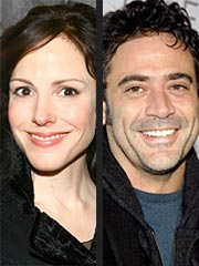 Mary-Louise Parker & Grey's Hunk: Going Strong