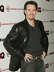 Entourage&#39;s Kevin Dillon Enjoys Fatherhood