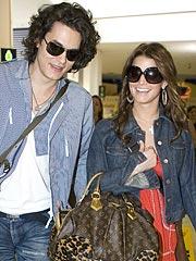 Jessica Simpson & John Mayer Heat Up Down Under