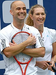 Andre Agassi Accidentally Hits Wife with Racket