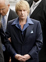 Opening Statements Begin in Phil Spector Trial