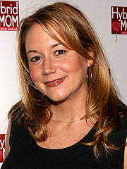 Megyn Price of Rules of Engagement Has a Girl