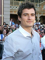 Orlando Bloom Says He Won't Get Naked Onstage