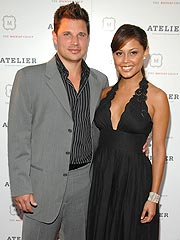 Vanessa Minnillo Praises Nick Lachey for Being Supportive