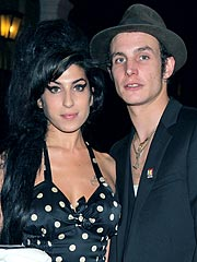 Amy Winehouse Supports Her Husband in Court