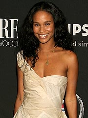 Joy Bryant Weds Stuntman Fianc&#233; in the Hamptons