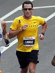 Lance Armstrong Competes in NYC Marathon