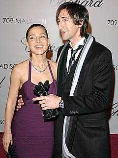 Adrien Brody & Elsa Pataky's 'Private' Rings