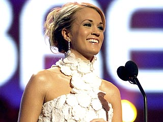 Underwood, Daughtry Rule at American Music Awards