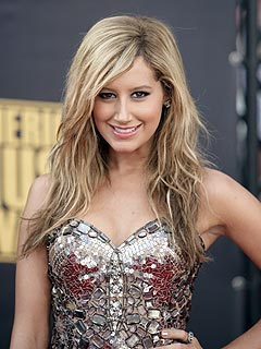 Rep Says Ashley Tisdale HIV Rumors 'Untrue'