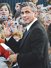 George Clooney Defends Britney, Criticizes Paparazzi