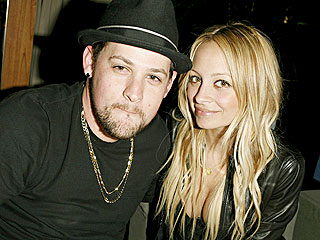 Nicole Richie's Pals Thrilled By Her Pregnancy