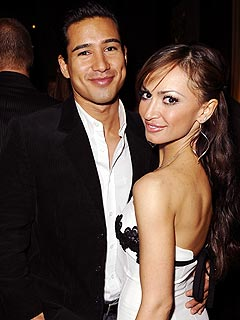 Mario Lopez and Karina Smirnoff&nbsp;Split