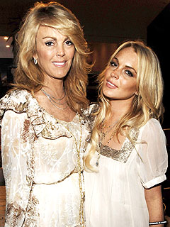 Dina Lohan Doesn&#8217;t Want Lindsay on Her Reality&nbsp;Show