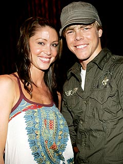 Derek Hough: I&#8217;m Living with Shannon at Her&nbsp;House