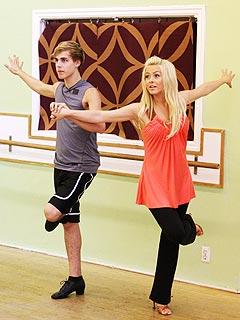 Julianne & Cody's Dancing Weapon: Bandages and HealthBars