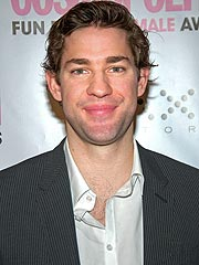 John Krasinski: The Office Cast Is Like 'Family'