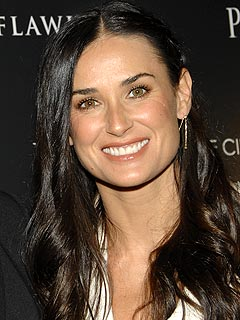 Demi Moore in Talks for a Book