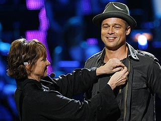 Brad Pitt Gets a Hands-on Welcome at AmericanIdol