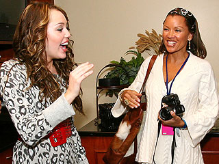 Vanessa Williams: I Am 'World's Coolest Mom'