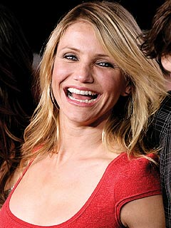 Cameron Diaz Makes Smiling Return to Red Carpet