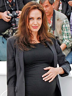 Pregnant Angelina Jolie Checks into a Hospital