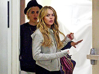 Lindsay Lohan Visits a Friend in L.A. Hospital