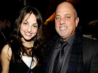 Alexa Ray Joel Sticks by Her Dad in Divorce