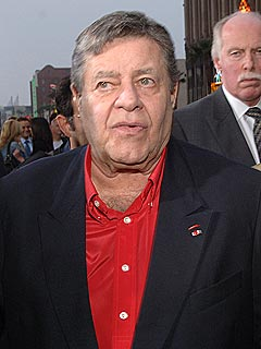 Jerry Lewis Cited for Carrying Concealed Weapon